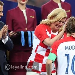 فيديو بكاء رئيسة كرواتيا في آخر لحظات نهائي كأس العالم يذيب القلوب