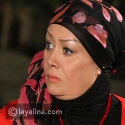 باروكة هالة فاخر تثير الجدل في أحدث ظهور: هل خلعت الحجاب نهائياً؟