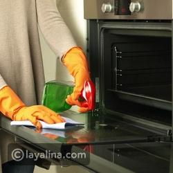 طريقة عمل رذاذ من مواد طبيعية لتنظيف الفرن بالفيديو