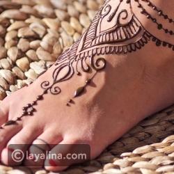 أجمل رسومات نقش حناء على الأقدام: تدللي بواحدة منها
